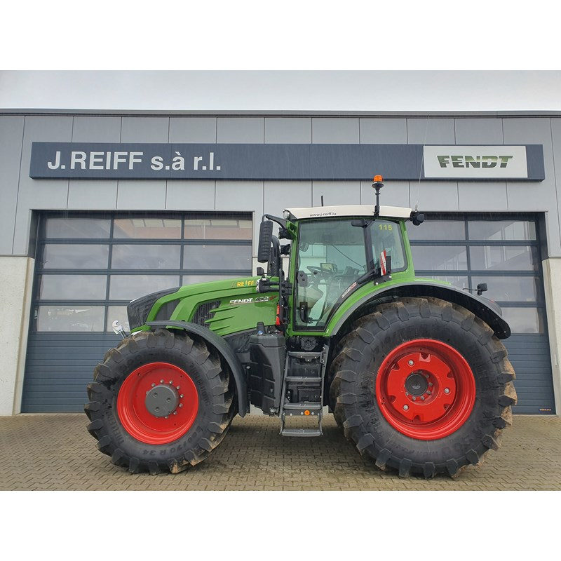 Fendt 933 Vario Profi Plus S4